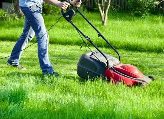 electrical_safety_tips_lawn_mower