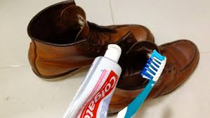 TOOTHPASTE Can Too Get Rid of the Scuff Marks in your Boots