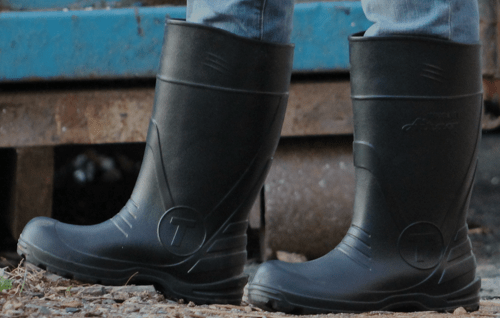 How to Fix a Hole in a Rubber Boot
