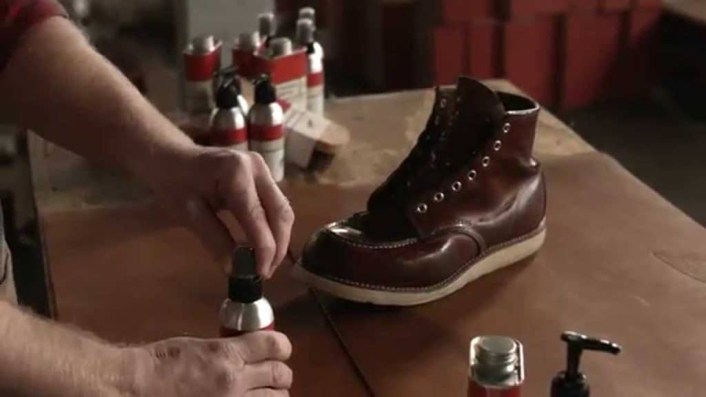 Should You Oil New Boots