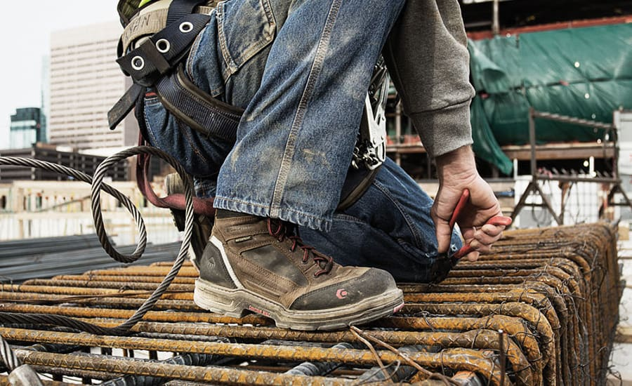 prolonged wearing of working boots in hot and humid weathers