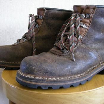 Grease stains Steel toe boots