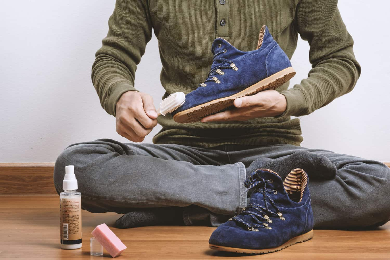 how-to-clean-suede-boots