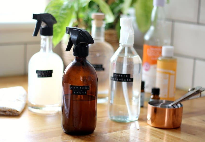 6 DIY Homemade Safety EyeGlass Cleaners!