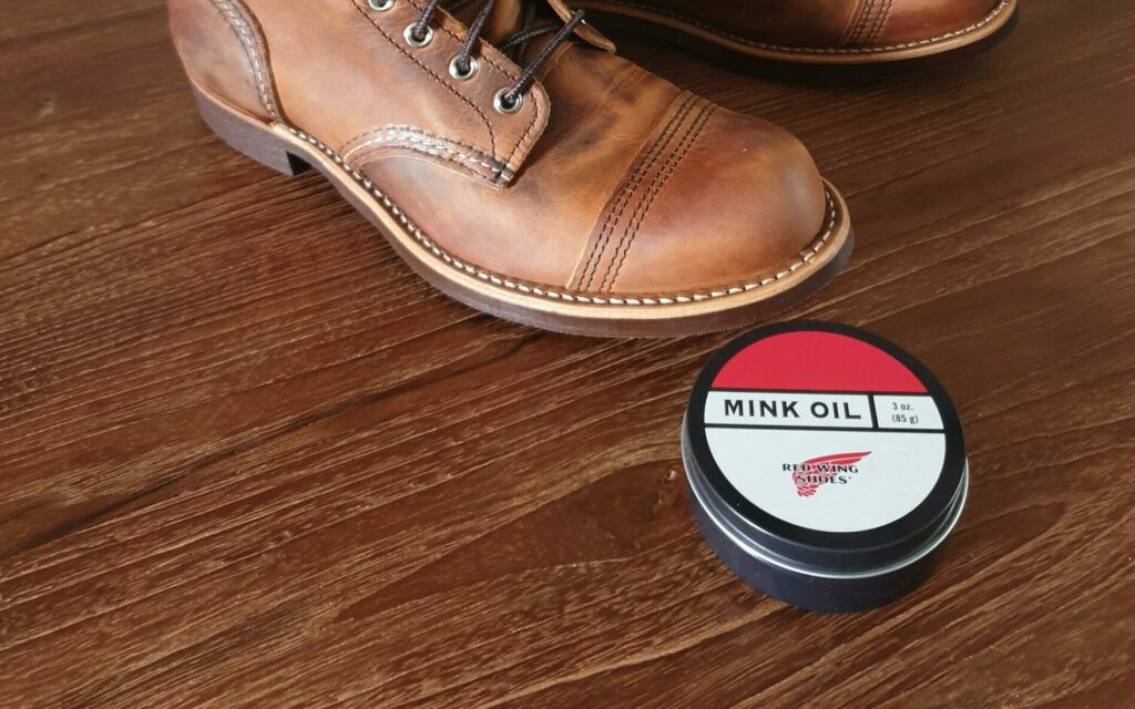 Apply Mink Oil to Leather Boots