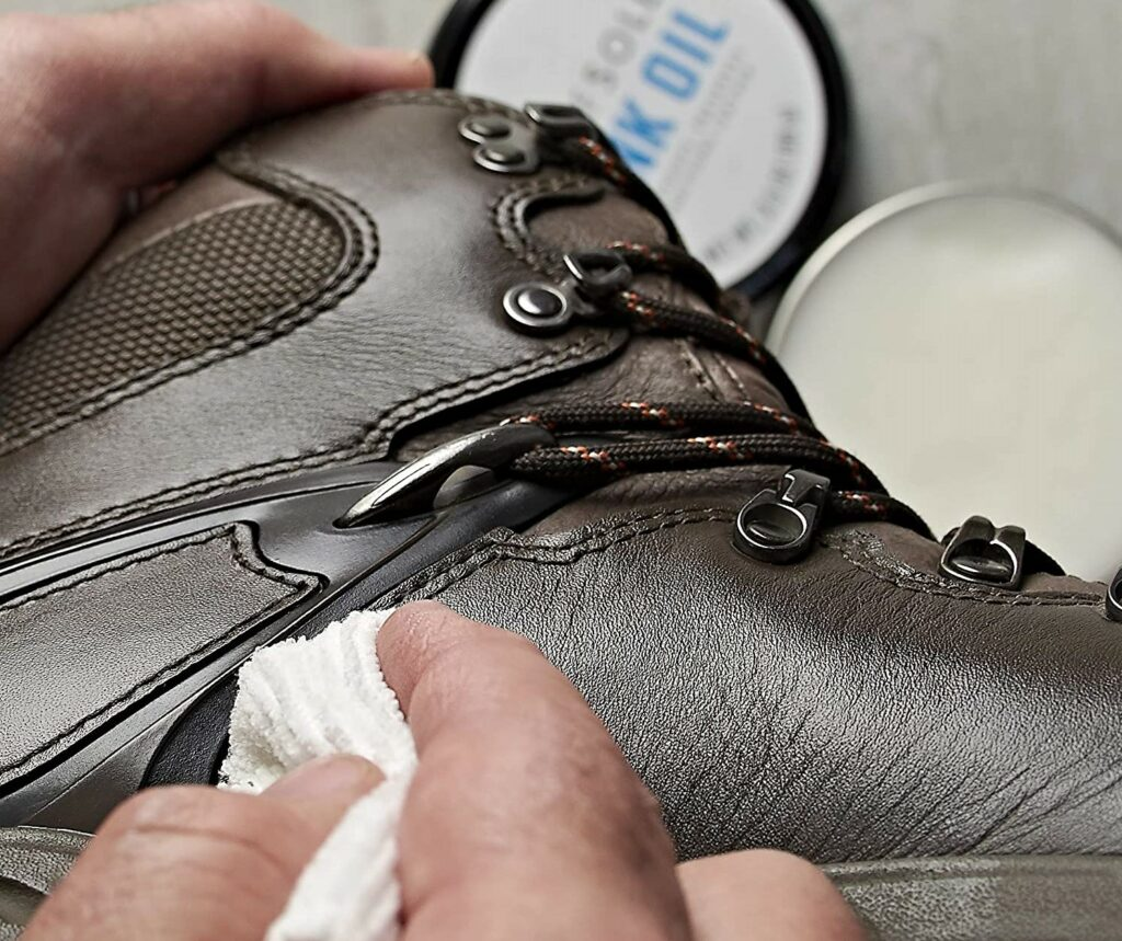 How to Clean Your Leather Boots with Mink Oil