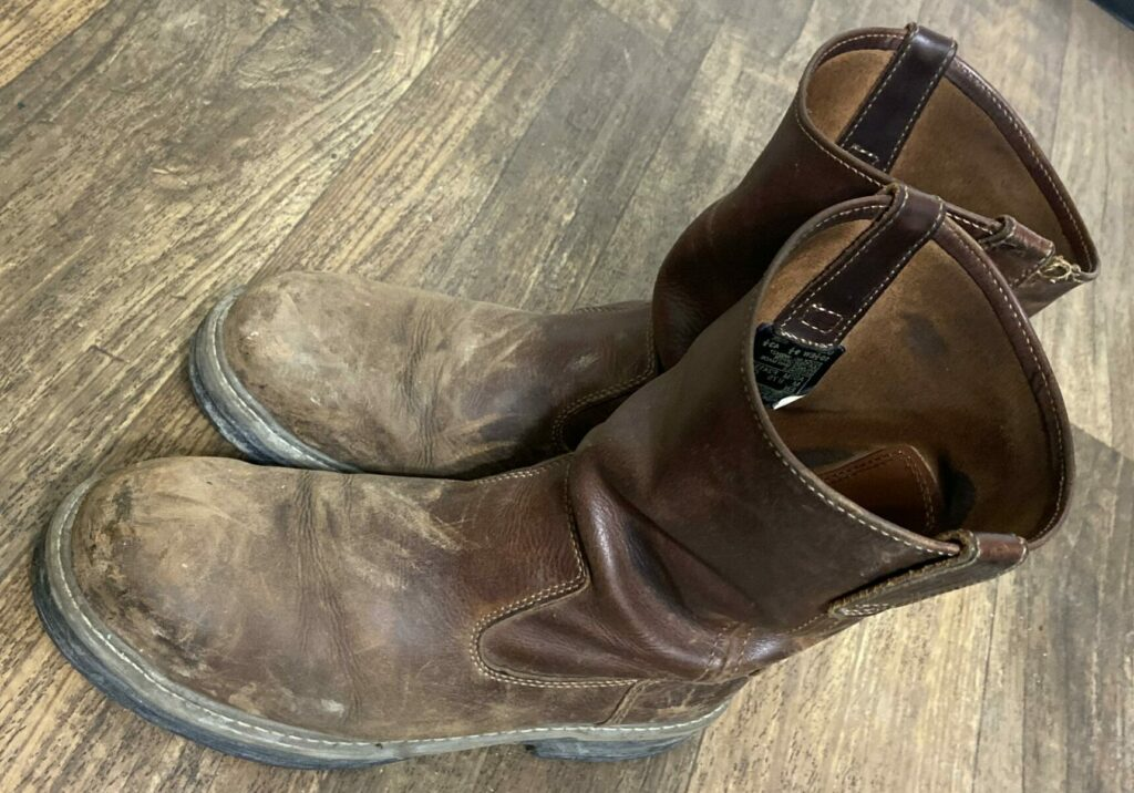 How to fix Scuffed Work Boots
