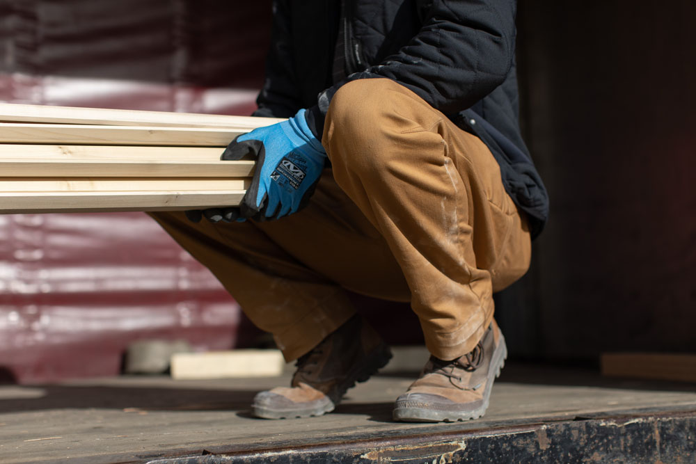 Best Work Pants for Carpenters