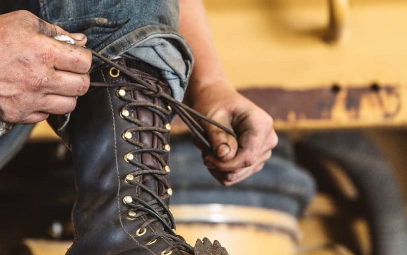 Logger boots come with a lace-up system