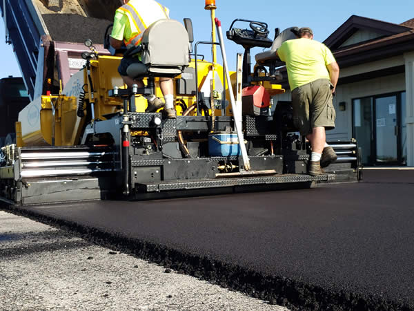 Are Steel Toe Boots Required for Asphalt Paving