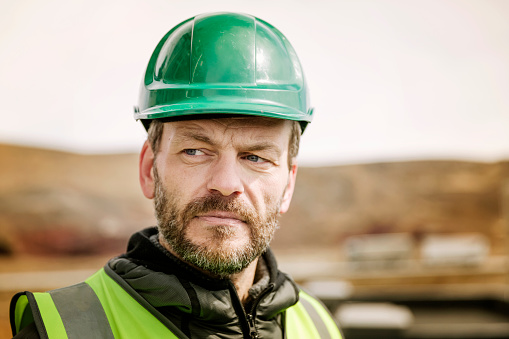 What Does Green Hard Hat Mean