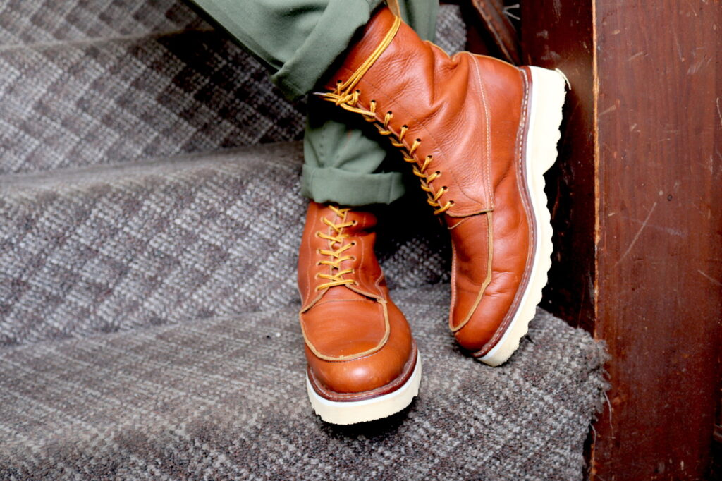 What is the Advantage of Moc Toe Boots