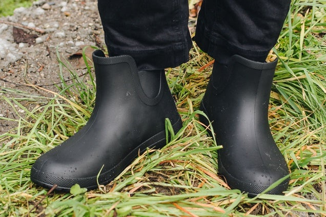 Are Rubber Boots Bad for Your Feet