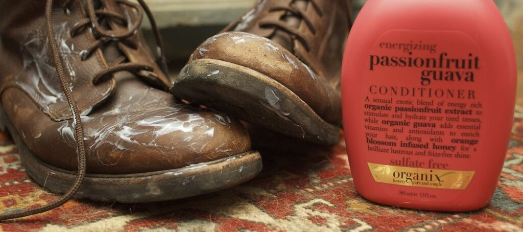 Can_You_Use_Hair_Conditioner_on_Leather_Boots
