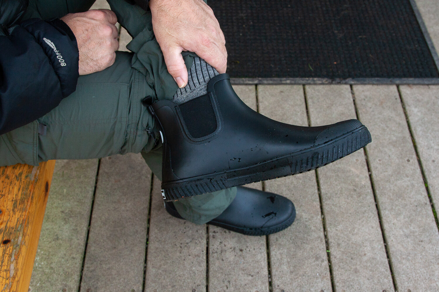 Do You Wear Socks With Rubber Boots