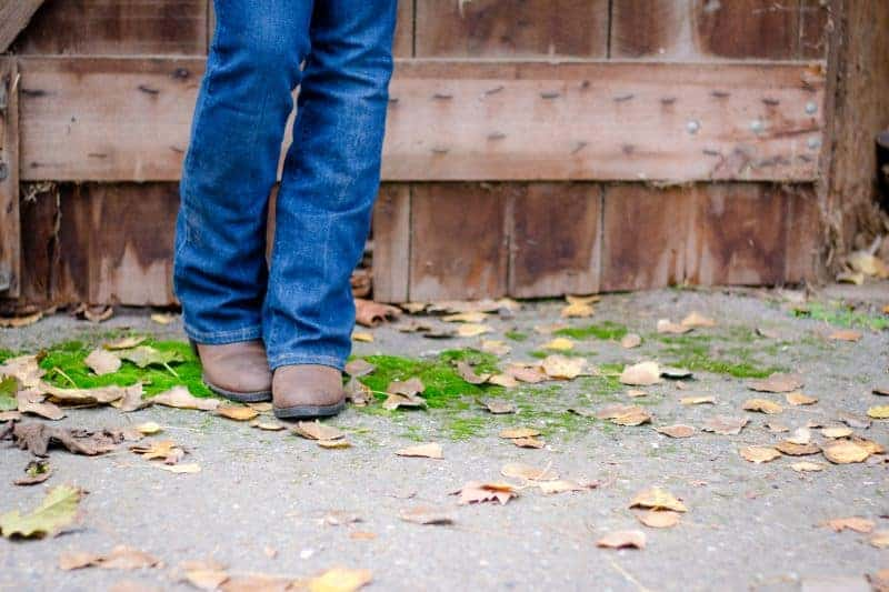 Are Cowboy Boots Bad for Flat Feet