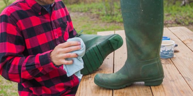 How Do You Keep Rubber Boots From Dry Rotting